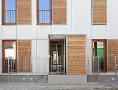 Housing project in Bordeaux. Arch: Atelier provisoire. EQUITONE facade panels combined with wood. equitone.com