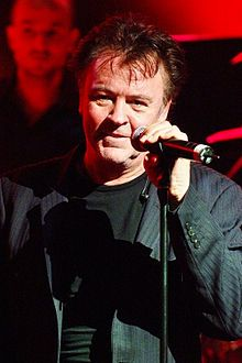 Paul Young – Wikipedia