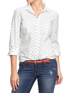 Like I need ONE more button down (or anything else with anchors) in my closet...bought it anyway.