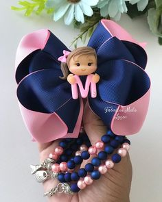 Timestamps DIY night light DIY colorful garland Cool epoxy resin projects Creative and easy crafts Plastic straw reusing ------. Flower Girl Headbands, Girl Hair Bows, Baby Headbands, Ribbon Hair Bows, Bow Hair Clips, Disney Hair Bows, Bow Template, Making Hair Bows, Diy Bow