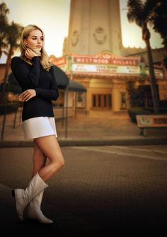 A gallery of Once Upon a Time in Hollywood publicity stills and other photos. Featuring Leonardo DiCaprio, Brad Pitt, Margot Robbie, Quentin Tarantino and others. Once Upon A Time, Sharon Tate, Margot Robbie, Fast And Furious, Harley Quinn Smith, Joanna Pettet, Samantha Robinson, Rebecca Gayheart, Moncler