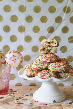 Candy Bar Cookie Pops | Bakers Royale