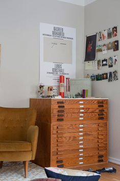 Love these long, narrow wood drawers. Perfect for storing paper and projects in a studio space.
