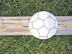 ✿ Eine Kindergarderobe für kleine Kicker ➤ mit jeder Menge Platz für alles, was der Fußballer so braucht !