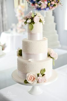 A Slice Of Prettiness At Miss Bush Bridalwear ~ { Featuring Peggy Porschen Cakes} 3 Tier Wedding Cakes, Wedding Cake Cookies, White Wedding Cakes, Elegant Wedding Cakes, Wedding Cake Designs, Cream Wedding, Rose Wedding, Pretty Cakes, Cute Cakes