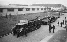 Sd.Kfz.9 FAMO 18 ton Halftrack with trailer