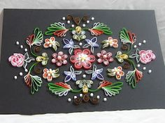 Designed after Tole paintings Such a beautiful quilled design! I love taking the idea from tole patterns.