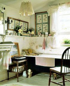 cottage bath :: cozy