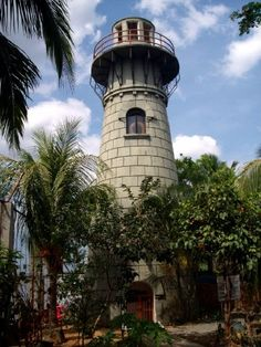 Pasig River Lighthouse Northern Philippines Manila www. Fort Santiago, Philippines Travel, Manila Philippines, Filipino Culture, Building Photography, Beacon Of Light, Dark Places, Island Beach, Singapore