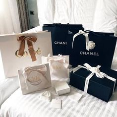 chanel, luxury, and chloe image Birthday Goals, Boujee Aesthetic, Story Instagram, Shop Till You Drop, Luxe Life, Rich Kids, Luxury Homes Interior, Luxury Lifestyle, Wealthy Lifestyle