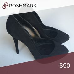 Ralph Lauren Collection Benita Suede Pumps Simple classic black suede pumps Ralph Lauren Shoes Heels