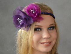 Ślubna opaska do włosów w stylu retro, na koralikowej opasce.  Dostępna w Madame Allure :)