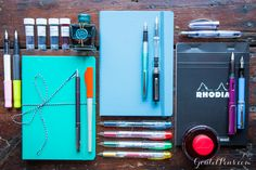 Don't break the bank on your next fountain pen gift! This handy gift guide features 14 gifts under $40. Pin for later.