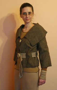Upcycled woman's clothing Brown jacket in checked Eco by annawoz