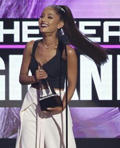 ARIANA GRANDE AT THE AMAS 2016 #KIMILOVEE  #THEWIFE  PLEASE DON'T CHANGE MY CAPTIONS OR YOU'LL BE BLOCKED!