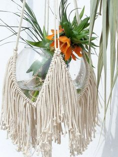 This is Vintage Macrame Plant Hanger Ideas 76 image, you can read and see another amazing image ideas on 90 Best Vintage Macrame Plant Hanger Creations gallery and article on the website
