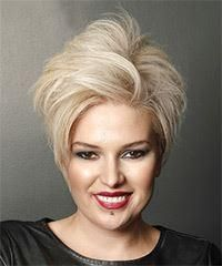 Pixie haircuts are very short, wafer-thin hairstyles that can be structured and stung. While a crop is duller, pixie hairstyles Cute Short Haircuts, Long Bob Hairstyles, Hairstyles For Round Faces, Braided Hairstyles, Pixie Haircuts, Virtual Hairstyles, Girl Haircuts, Short Curly Hair Updo, Short Straight Hair