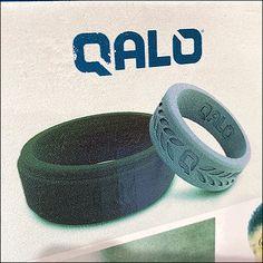 Qalo Wedding Ring Display Hook Retail Fixtures, Store Fixtures, Fashion Jewelry Stores, Ring Displays, Business Card Holders, Jewellery Display, Hooks, Wedding Bands, Plastic