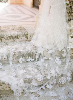 Bride's veil by Rivini, Miami wedding at Vizcaya Museum & Gardens by KT Merry