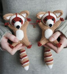 Amigurumi Raccoons Free little pattern over at Amigurumi Today. The cuteness!