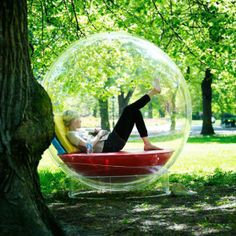 Imagine reading outside in a Cocoon - there is no fear of the rain. Cocoon bubble is a perfect reading nook . Exterior, Outdoor Living, Outdoor Decor, Outdoor Seating, Outdoor Sofa, Indoor Outdoor, Cool Inventions, Japanese Inventions, Cool Gadgets