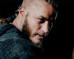 WiffleGif has the awesome gifs on the internets. ragnar lothbrok lamula.fr gifs, reaction gifs, cat gifs, and so much more.