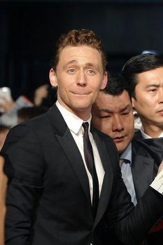 Tom Hiddleston. Via http://krystleskorner.tumblr.com/post/162678514030/the-face