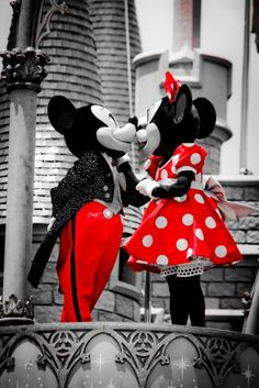 Mickey Mouse and Minnie Mouse Kissing: