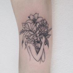 Flower Girl Tattoo pinterest: @rosajoevannoy