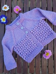 FREE - KNIT - Free knitting and crochet patterns. I am a popular independent designer. ~ comes in 3 sizes: medium PREEMIE, newborn and mos. Baby Knitting Free, Baby Cardigan Knitting Pattern Free, Kids Knitting Patterns, Baby Sweater Patterns, Knitted Baby Cardigan, Knit Baby Sweaters, Knitted Baby Clothes, Baby Patterns, Crochet Patterns