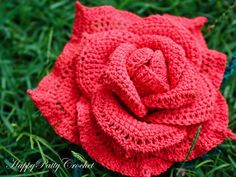 Crochet Flower, Extra Large Red Tea Rose. Look at how lush it is!
