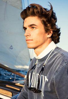 Kiel James Patrick sweatshirt and rope sunglass straps