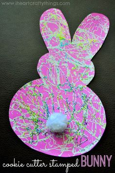 Carrot Cookie Cutter Stamped Bunny Craft from I Heart Crafty Things