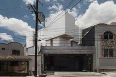 Gallery of Cloud House / ARQUIDROMO - 1