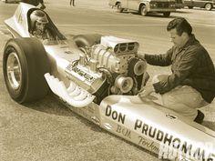 hrdp_1010_14_o+don_prudhomme_legendary_nhra_drag_racer+1966_dragster.jpg (1600×1200)