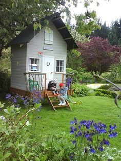 GARDEN  charming   Birdhouse playhouse