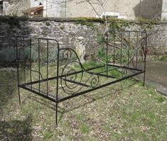 French wrought iron daybed, folding bed, sofa