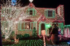 Google Image Result for http://i.huffpost.com/gen/228546/thumbs/r-TACKY-CHRISTMAS-LIGHTS-large570.jpg