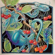 "Páči sa mi to: 327, komentáre: 31 – Stanka (@stanislava007) na Instagrame: ""This colourful dragon is my contribution to #dragonary coloralong hosted by amazing @coloringmaja.…"""