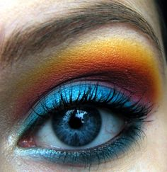 Eimear B. - Ocean Sunset eye makeup look
