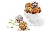 Boules d'énergie aux abricots, aux pistaches et au thé sencha. Recettes IGA