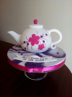 Teapot cake for lunch with friends
