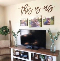 Exceptional modern farmhouse living room are readily available on our internet site. look at this and you wont be sorry you did. Tv Wall Decor, Above Tv Decor, Wall Art, Wall Décor, Tv Wall Design, Living Room Tv, Dining Room, Kitchen Living, Living Area