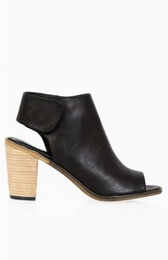 Therapy Bailey Boot Black | Beginning Boutique shop new @ www.bb.com.au/new