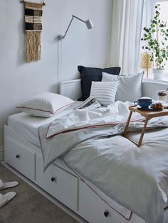 Shop for Furniture, Home Accessories & Painted Beds, Painted Drawers, Lit Banquette 2 Places, Hemnes Day Bed, Ikea Hemnes Daybed, Bed Ikea, Day Bed Frame, Bed Tray, Lit Simple