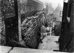 Long Stairs, Narrow Marsh, Nottingham, c 1915 Nottingham Lace, Nottingham City, History Photos, Present Day, Family History, 1920s, Derby, The Past, Landscapes