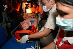 """Pescadores encuentran vivas a cinco de las siete submarinistas que desaparecieron durante una inmersión en aguas de la isla de Nusa Lembongan, cerca de Bali, el viernes. """"Han sido socorridas y llevadas a Sanur"""", confirma la Policía."""