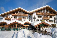 Activ Sunny Hotel Sonne  Activ Sunny Hotel Sonne in Kirchberg heeft een internationale sfeer. Gecombineerd met comfort en sportiviteit heeft u hier alles voor een fijne skivakantie. 3x per week happy hour in de hotelbar van 16.00 - 17.00 uur.  Gasten van Berg en Meer Alpenvakanties ontvangen vanaf 7 nachten verblijf een korting van 10% op de skischool en skiverhuur (ter plaatse informatie bij aankomst).  EUR 85.97  Meer informatie