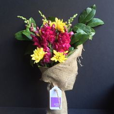 Snap Dragon, Yellow Pompon and Lemon Leaf foliage. Only $25 delivered same-day, anywhere in Manhattan!* #snapdragon #snap #dragon #pompon #yellow #lemon #leaf #green #foliage #flowers #florist #petiteposy #manhattan #newyork #nyc