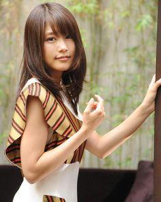 "MingPao WebEditor on Instagram: ""【明報專訪】日本女星有村架純 在新戲《奇蹟補習社》中有性感造型, 她大喊怕醜!! 有片睇,ビデオがあるよlink.mingpao.com/33030.htm #有村架純 #專訪 #明接 #明報娛樂 #mingpao #mingpaoOL #japan #japanese…"""